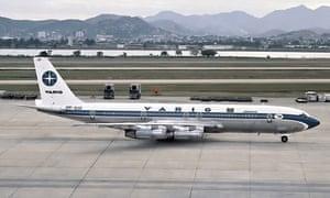 A Varig Boeing 707 plane