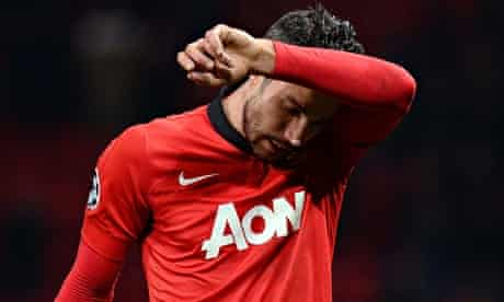 Robin van Persie wants to stay at Manchester United