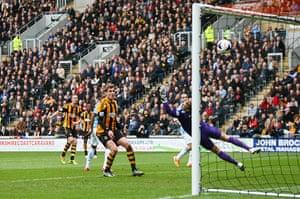 Hull v City: David Meyler scores but it's disallowed