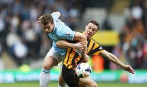 Hull city v mcfc: Edin Dzeko