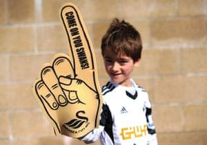 Saturday roundup: Swansea City fan