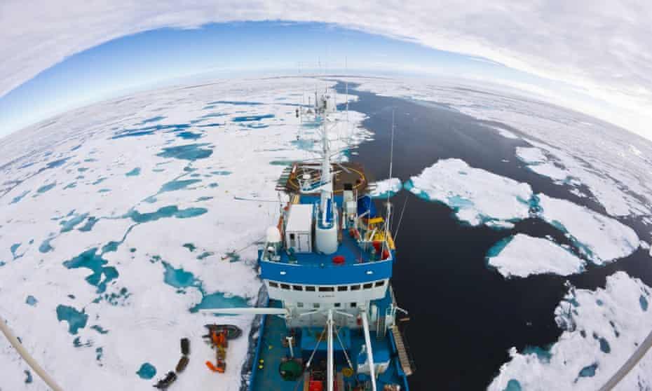 Research vessel arctic