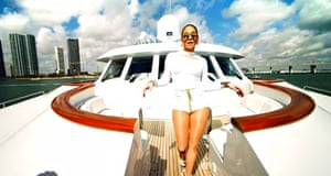 J-Lo on a yacht