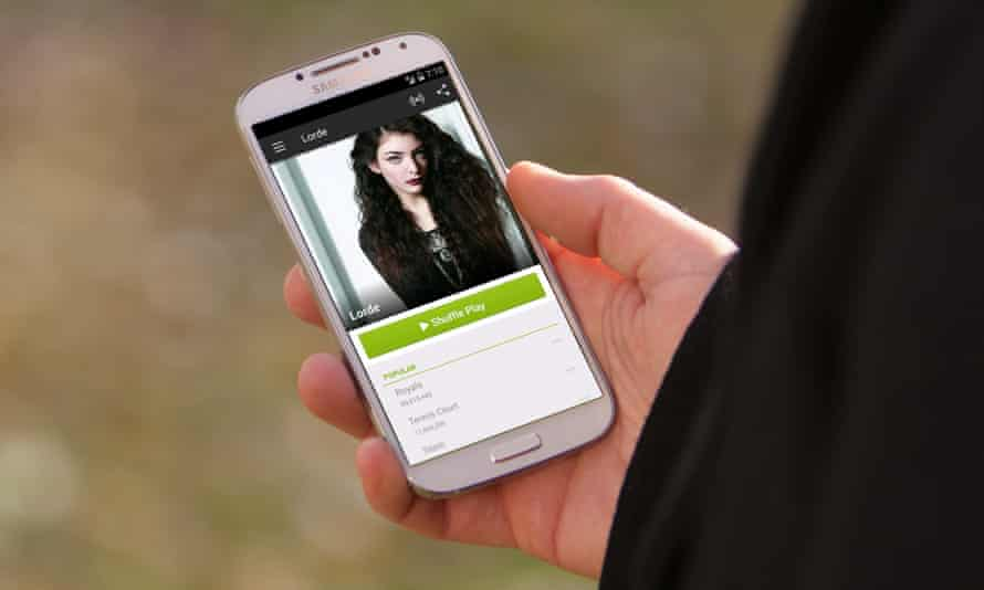 Apps and smartphones are increasingly important for music discovery.