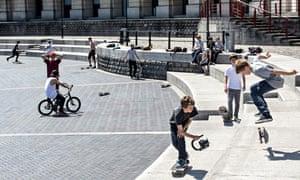 Kids skateboarding on waterfront Bristol