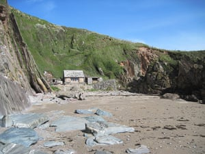 Cool holiday cottages: The Beach Hut near Holbeton