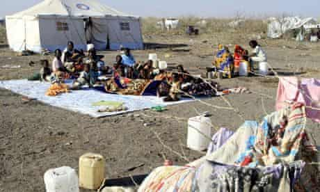 MDG: South Sudanese refugees wait for aid