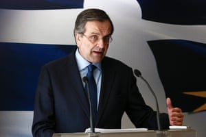 Greece's Prime Minister Antonis Samaras addresses reporters at a news briefing in Athens March 18, 2014.