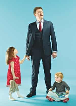 Alex Bilmes, slack dad with children