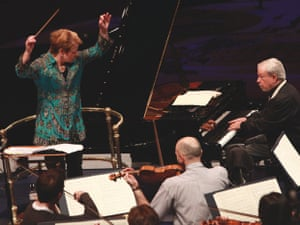 Marin Alsop conducts the Sao Paulo Symphony Orchestra and Brazilian pianist Nelson Freire in  Heitor Villa-Lobos' Mômoprecocé at the 2012  Proms.