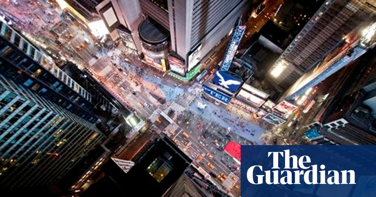 Urban Myths: Can a coin dropped from a skyscraper kill you