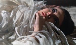 1974: Delphine Seyrig on the set of the film L'Annee Derniere a Marienbad (Last Year at Marienbad) .