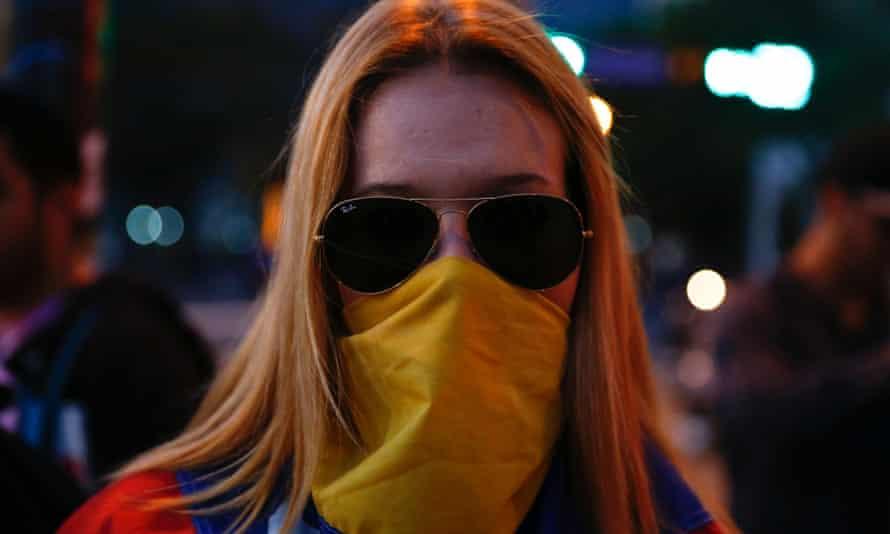 protestor raybans Venezuela