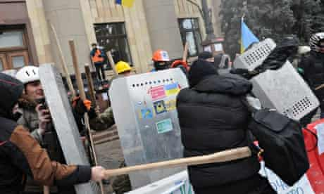 Pro-Russian protester beaten