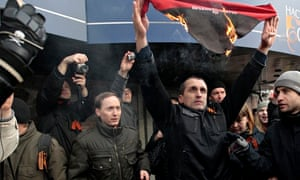 Pro-Russian supporters burn scarf