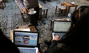Twitter blocked in Turkey following premier's threats