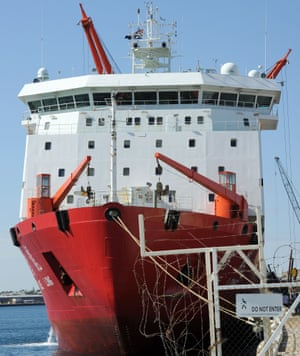 Chinese Antarctic research icebreaker Xue Long prepares to depart Fremantle Habour on 21 March 2014, as at least seven Chinese ships are reported to head for the southern Indian Ocean, where possible debris from a missing Malaysia Airlines MH370 plane has been sighted.