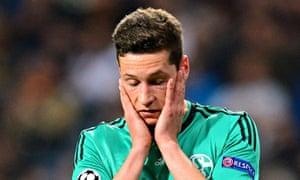 Julian Draxler looking dejected