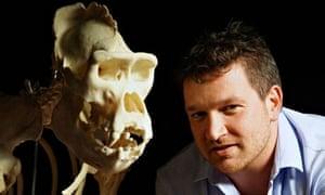 Ben Garrod with a gorilla skull. Secrets of Bones