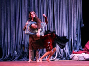 Magnus Jakobsson and Maria Sendow in Au Revoir Parapluie from 2007.