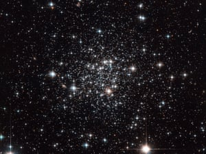 Hubble Looks Into Terzan 7