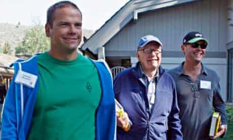 Lachlan, Rupert and James Murdoch Rupert Murdoch has brought eldest son Lachlan back into the leader