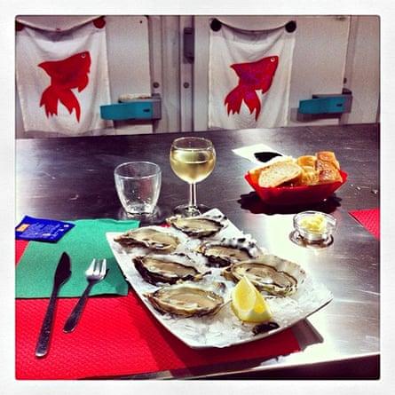 Oyster bar, Marché du Capucins