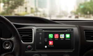 Apple CarPlay iPhone in the car