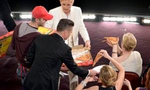 Ellen DeGeneres pizza Oscars