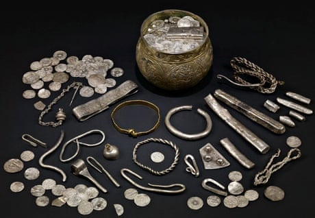 A History Of The Viking World In 10 Extraordinary Objects Art And Design The Guardian