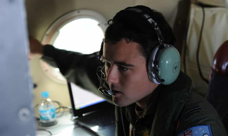 RAAF navigator in search for missing Malaysian Airlines flight MH370