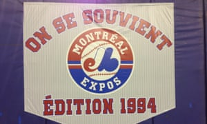 The 1994 Montreal Expos team was honored at Olympic Stadium before the Toronto Blue Jays faced the New York Mets.