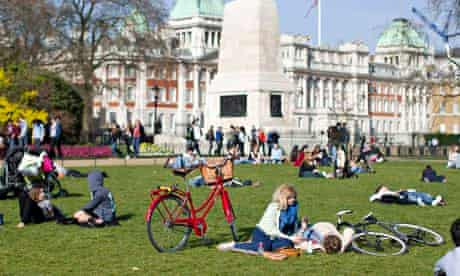 Visitors to Green Park in London