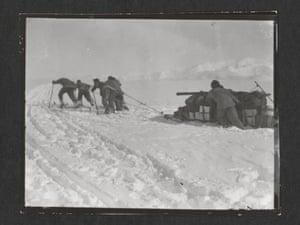 Foundering in soft snow. (left to right) Cherry-Garrard, Bowers, Keohane, Crean, Wilson, Beardmore Glacier, 13 December 1911.