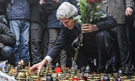 Vladimir Putin and Barack Obama engage in war of words over Ukraine