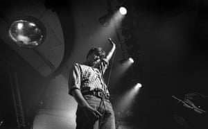 Damon Albarn lead singer with Blur live at The Event in Brighton, 23 May 1994.