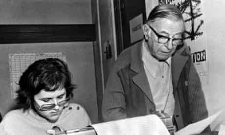 French writers Jean-Paul Sartre (R), fir