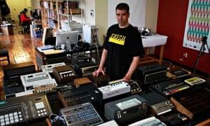 Joe Mansfield and Beat Box drum machines.