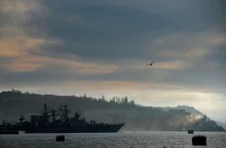 """A view of the Russian navy Frigate """"Pytlivyy"""" docked in the port of Sevastopol, where a Ukrainian navy base is located, on March 6, 2014."""