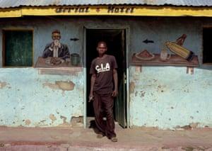 Photographing Africa: Photographing Africa, hotel mural