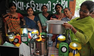 Women in India learn about clean cooking stoves
