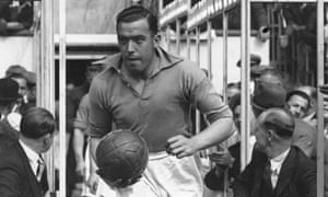 Dixie Dean models Everton's famous blue shirt, also pictured here in black and white, but he is running out at Highbury, so fair's fair, we've done our best.