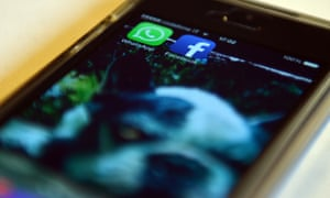 Facebook and WhatsApp apps on a smartphone