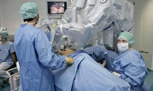 Gynaecology roboto