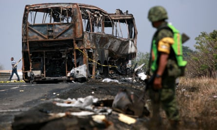 In Mexico: 13 killed in explosion after car collided with transporter - Tatahfonewsarena