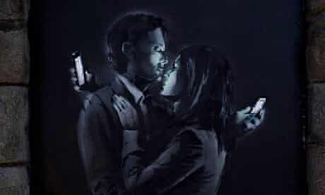 Banksy 'Mobile Lovers'