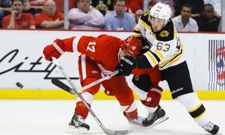 Bruins v Red Wings
