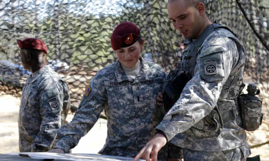 Kelly Requa army women in combat