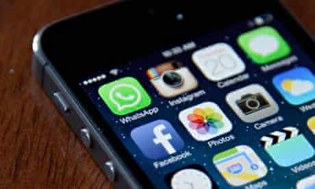 Facebook WhatsApp app