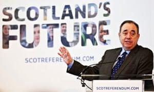 Alex Salmond talking at a Scotland's Future event